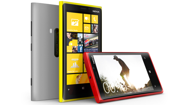 nokia-lumia-920-colours-windowsphone8-smartphone-580x358